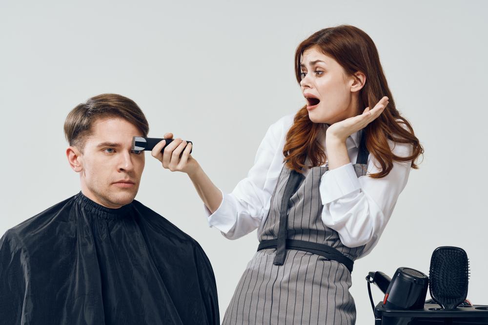 מסתפרים בבית או מחכים? שיער בימי קורונה