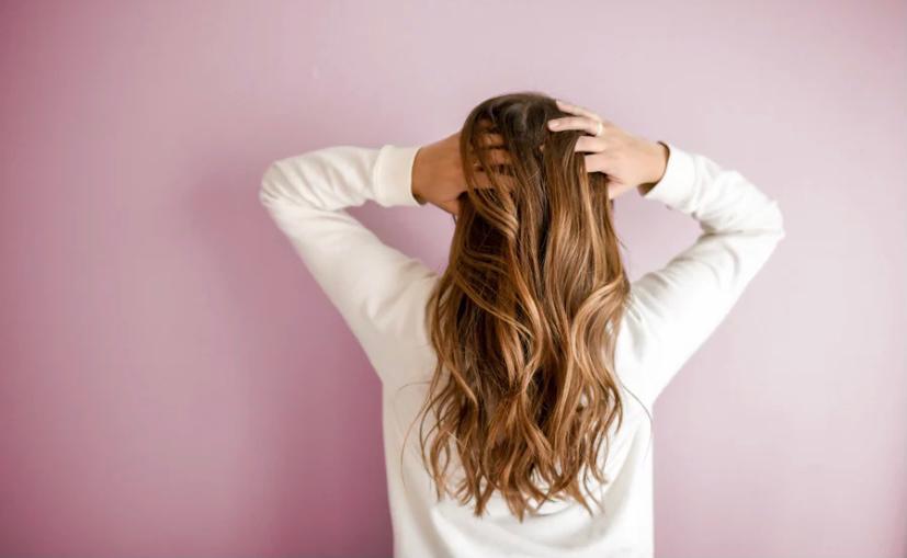 סובלים מהידלדלות שיער? אל תתפתו להשתמש בכל תכשיר שמוכרים לכם